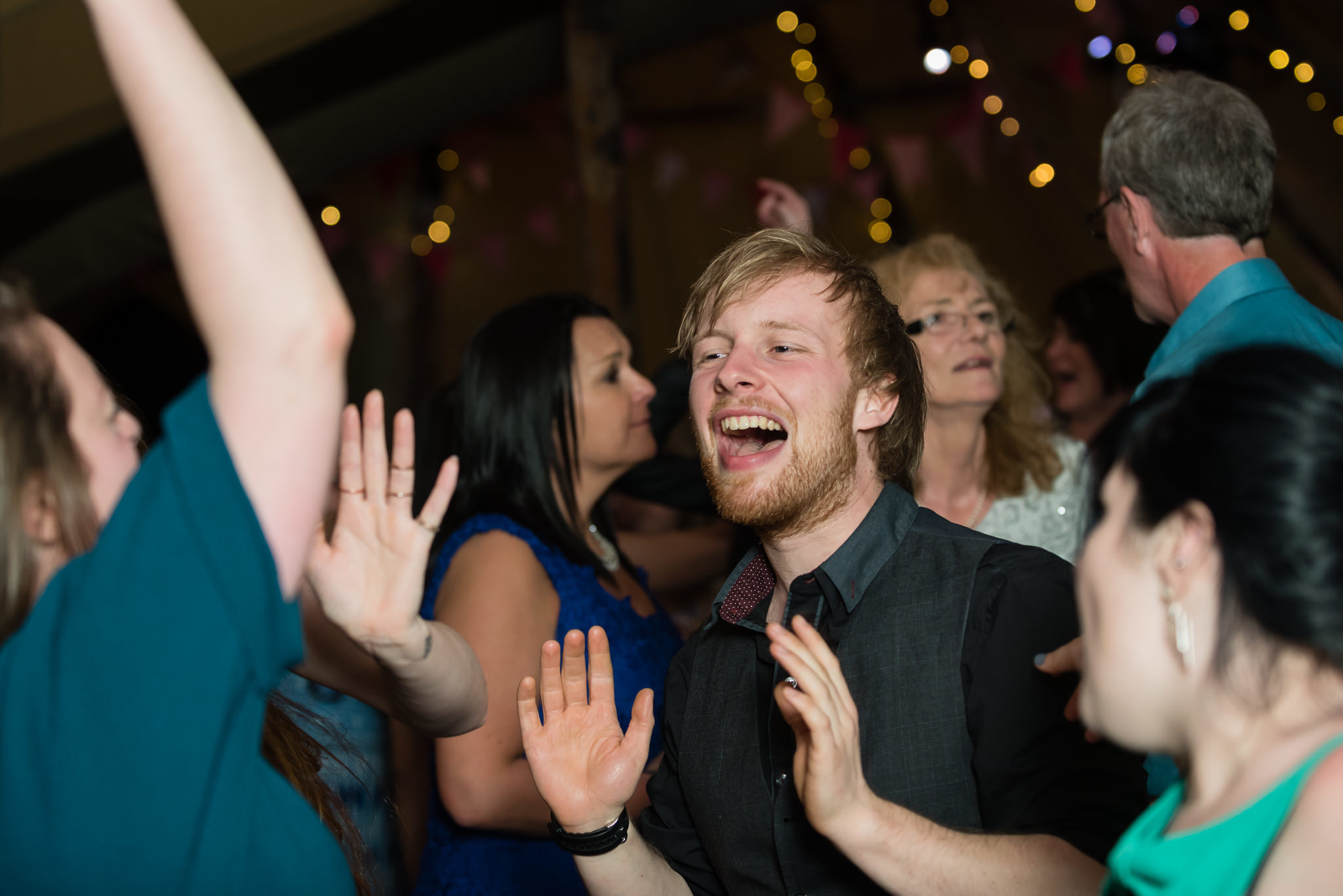 Guests dancing during the Hertfordshire tipi wedding