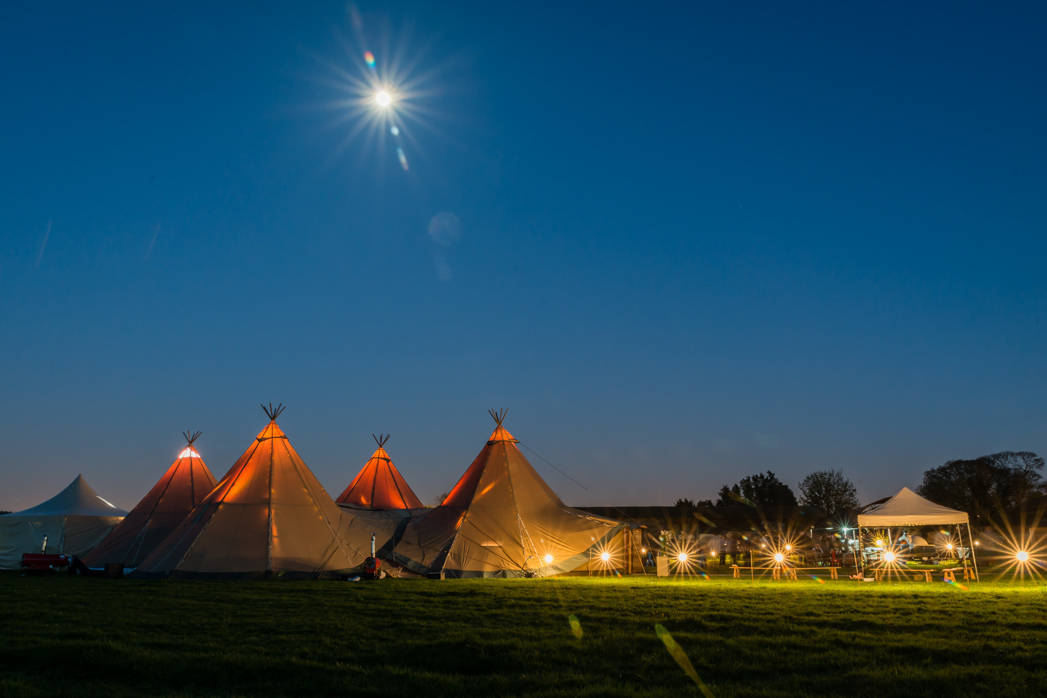 The Hertfordshire tipi wedding reception at night